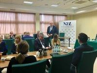 Śląski OW NFZ znów dofinansuje programy polityki zdrowotnej. Dofinansowanie trafi do 23 gmin i powiatów województwa śląskiego  na realizację 43 programów